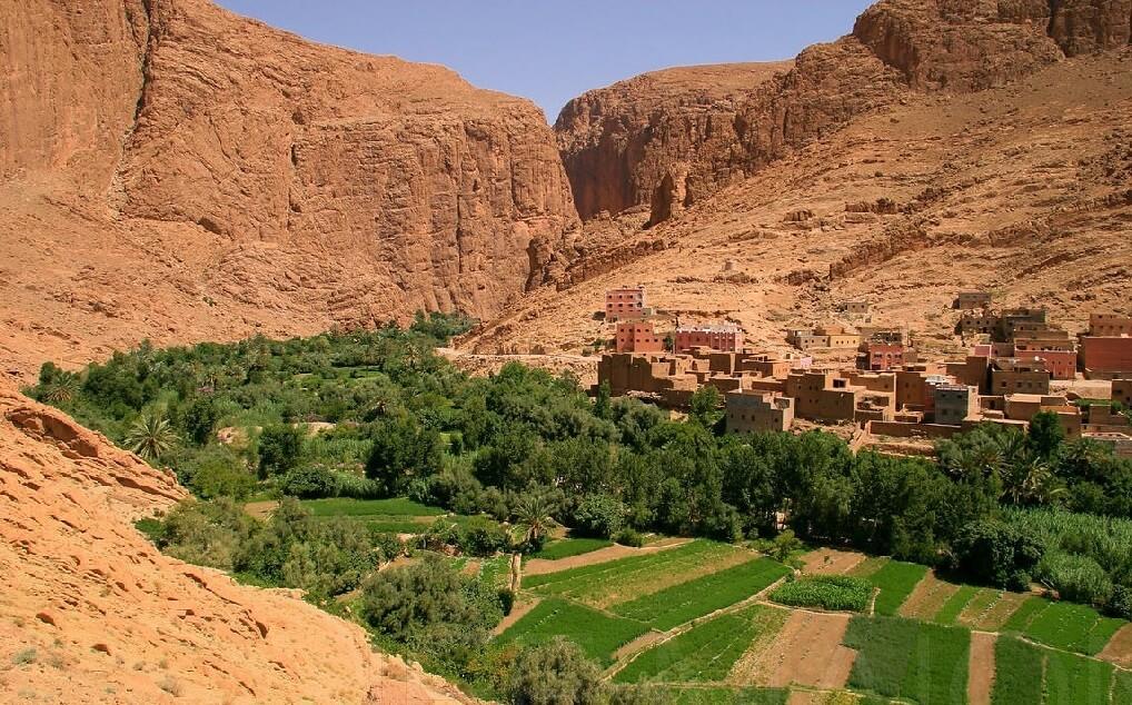 Todra Gorge to Merzouga camel trekking tour